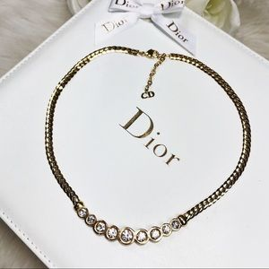 🌹Vtg Christian Dior Gold and Crystal Necklace🌹